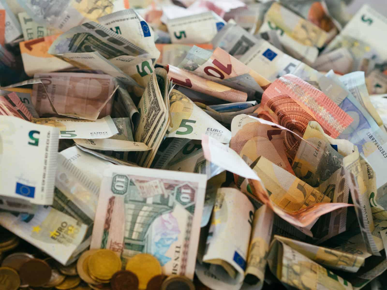 Pile of money representing Fintech R&D