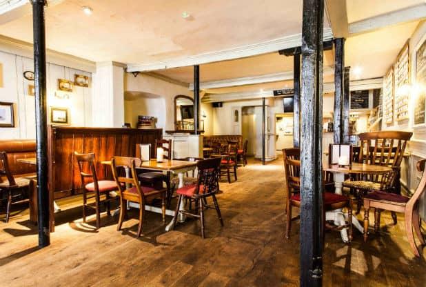 the famous royal navy volunteer craft beer pub bristol