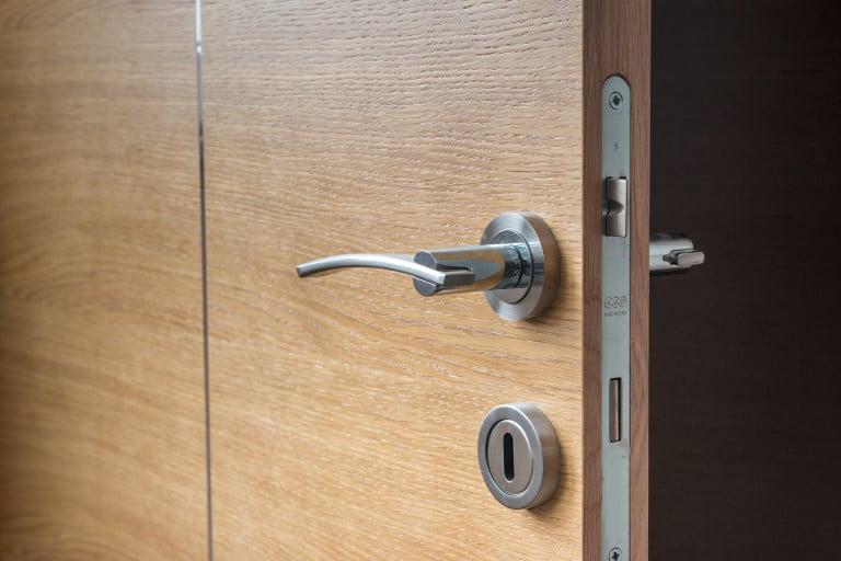 Open hotel door with lock - app based door key - traveltech