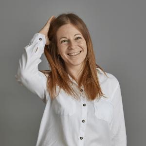 Kelly Oakley associate director